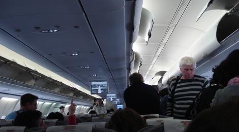 Embarcar pasajeros de avión eficientemente